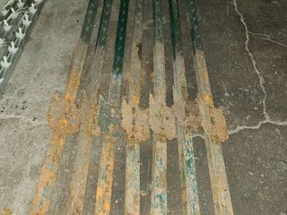 Metal Fence Posts 6 FT Each lot of 7