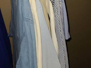 MENS long Sleeve  Button Up Shirts  Size lG