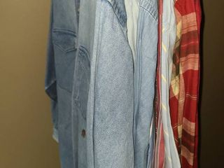 TOMMY HIlFIGER long Sleeve  Button Up Shirts  Size MEDIUM