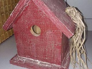 Birdhouse 11 x 9 x 9 in