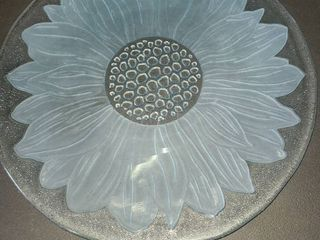 Sunflower Glass Plate 13 in