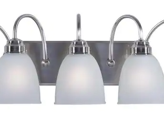 Wynfield 5 light Nickel Vanity light
