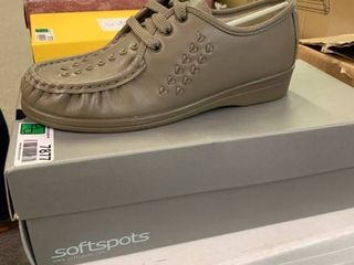 NEW IN BOX Softspots Bonnie lite Women s 7  Taupe  RETAIl  69 00