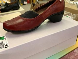 NEW IN BOX Hush Puppies Empress  Dark Red leather  Size 6 5  RETAIl  64 99