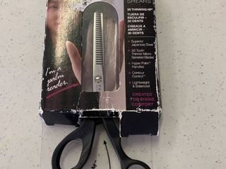 Cricket Co Palm Reader T30 Thinning Shears  RETAIl  29 95