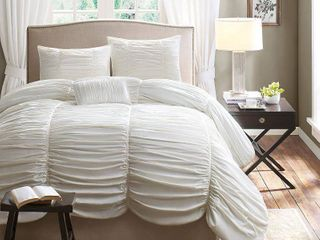 White Pacifica Comforter Set Queen 4pc