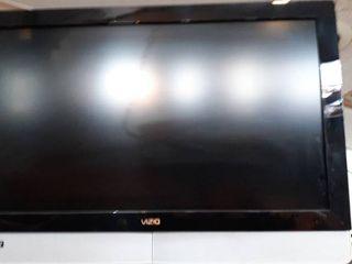 37  Vizio Tv w  wall mount