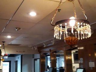 2 vintage hanging lights Tiffany style