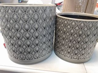 SET OF 2  POT FOR INDOOR OUTDOOR PlANTS  6 5  AND 5 5