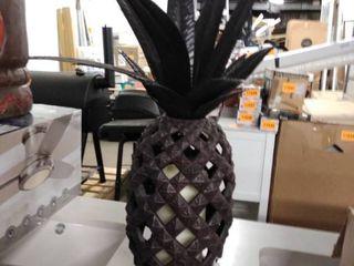 pineapple light metal