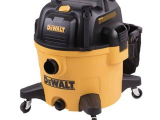 DEWAlT 9 Gal  5 Peak HP Wet Dry Vacuum  Yellows   Golds