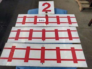 3 aluminum tracks signs