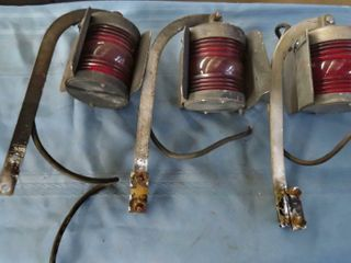 3 red signal lanterns  Hl Piper