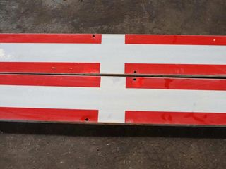 pair of aluminum reflective crossing signs