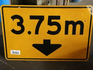 reflective single sided road sign