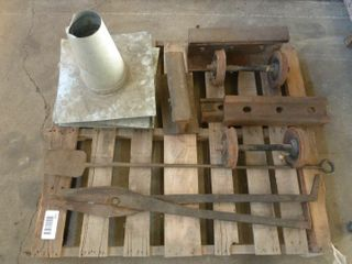 pallet lot of railroad items