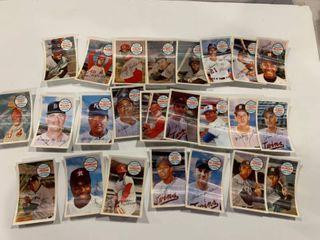 lot of 25 1970 Kellogg s 3 D Xograph Baseball Cards Includes Bob Gibson  Killebrew    More