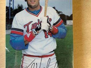 1985 Minnesota Twins Team Issued Postcard Set  Includes Kirby Puckett