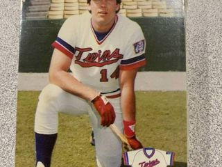 Rare Team Issued 1986 Minnesota Twins Team Set