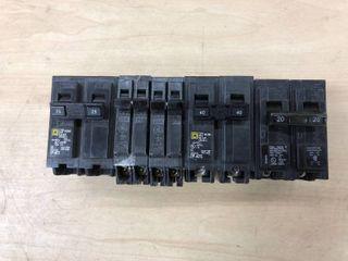 lot Of GE Circuit Breakers 5 Count