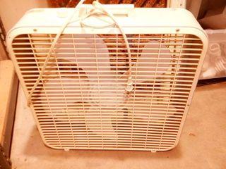lakewood Box Fan