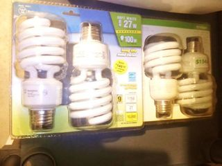 New Mini Twist lightbulbs lot of 2 Packages
