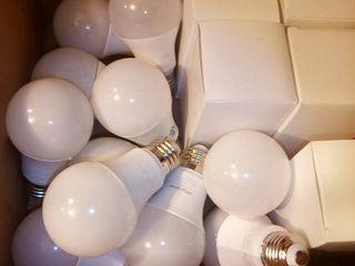 Assorted lED lightbulbs