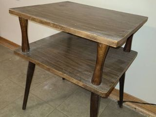 Retro Style Wood End Table 22 x 16 x 18 in