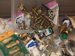Assortment of brass plumbing items