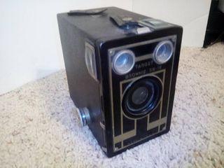 Vintage Target Brownie Six 16 Camera