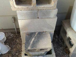 14 pcs concrete cylinder blocks