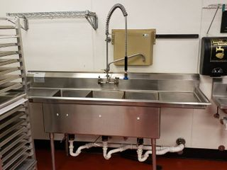 Duke 3 compartment stainless steel sink