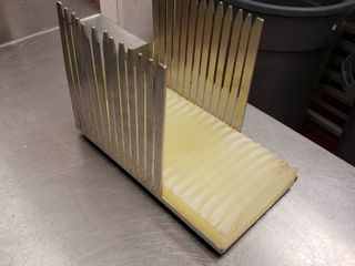 Stainless product cutter divider