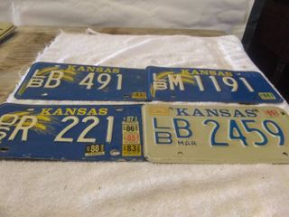 lot of Vintage license Plates