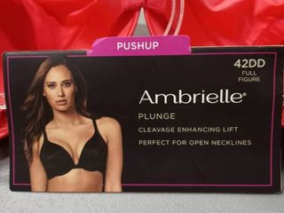 Ambrielle plunge 42DD full figure cleavage enhancing lift perfect for open necklines