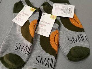 3 Pair Of 4 10 Xhiliration low cut Socks Heather Grey Snail Snailed It