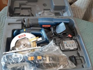 Ryobi 18V Tools in Case   Vaccuum  Circular Saw and Reciprocating Saw