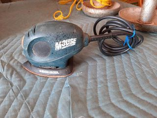 Black   Decker Mouse Sander