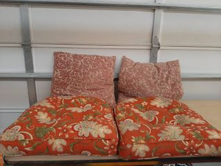2 Chair Cushions and 2 Pillows