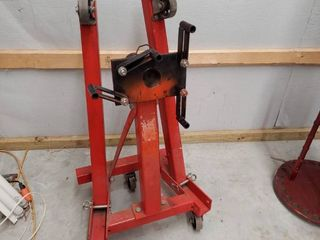 Engine Stand   2000 lb Capacity