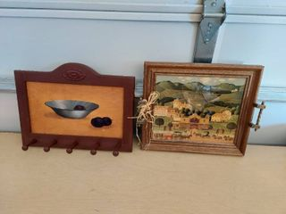 2 Wall Hangings   Coat Rack and Tray Picture