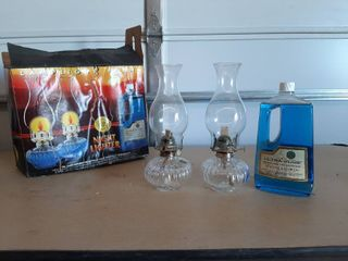 2 Oil lamps with lamp Oil