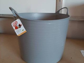 Multipurpose Flexible Tub   27 Quart