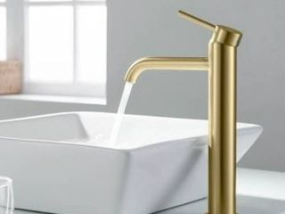 lead Free Solid Brass Single Handle Bathroom Vanity Sink Faucet with Water Hose Retail 138 35