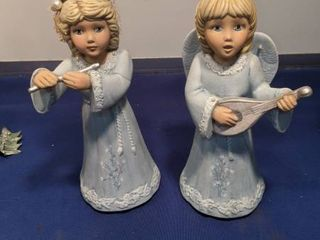 two angels figurines