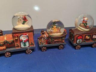 Christmas train waterballs last ball is damaged