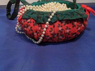 basket full of garland beads