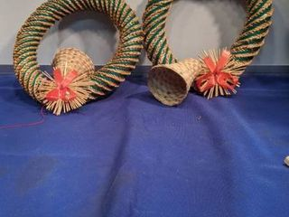 two bell wreath