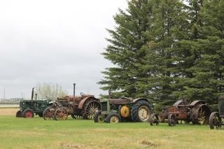 Timed Online Only COLLECTOR Tractors Vehicles and Antiques