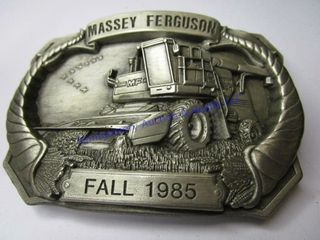 MASSEY FAll BUCKlE
